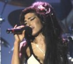 L'ultima follia di Amy Winehouse: mischia coca e zucchero filato